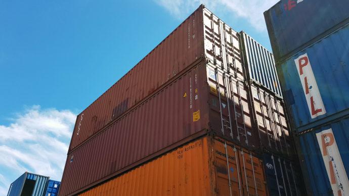 Adaptacja kontenerów morskich, kontenery morskie
